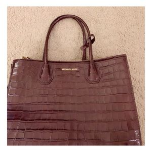 MERCER LARGE Embossed LEATHER ACCORDION TOTE